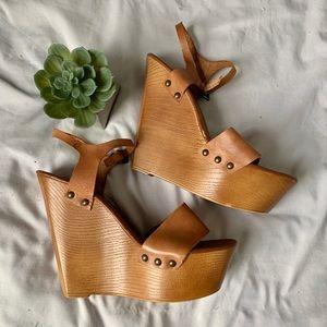 Wood platform heel suede sandals